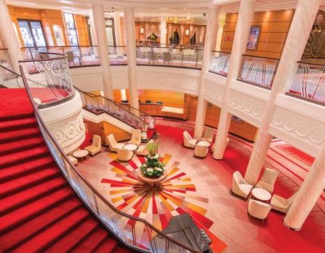 Atrium. Foto: Cunard Line.