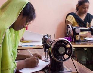 Taller de costura en Motia Khan